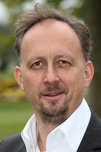 Dr. Thomas Storch