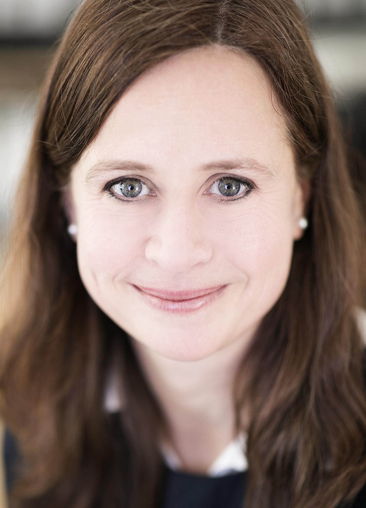 Dr. Iris Ober